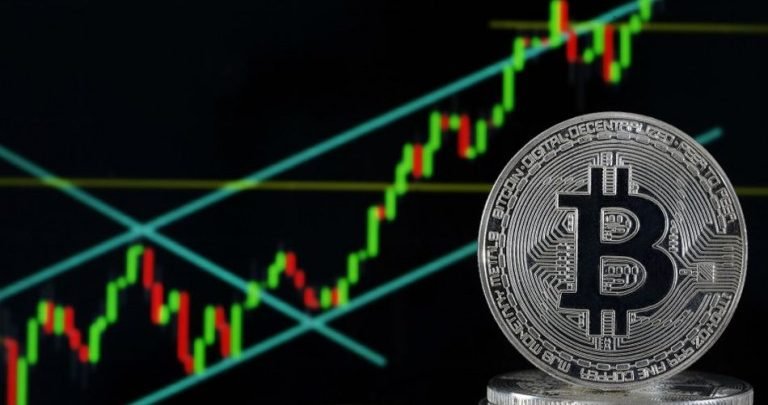 Bitcoin_Bulls_Eyeing_Fresh_Increase_-_BTC_Price_Surges_Above_10%