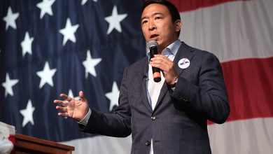 Photo of U.S. Presidential Candidate Andrew Yang To Regulate Crypto Laws
